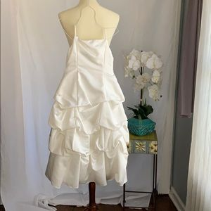 Kids size 8 white bridesmaid or communion dress
